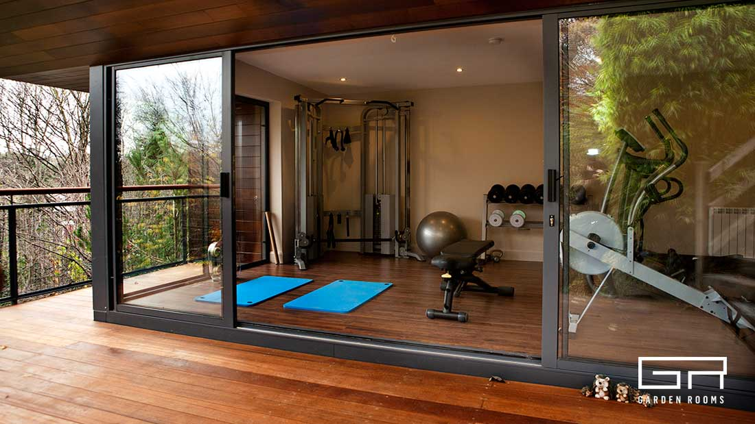Garden rooms bespoke designs home office solutions for Garden gym room uk