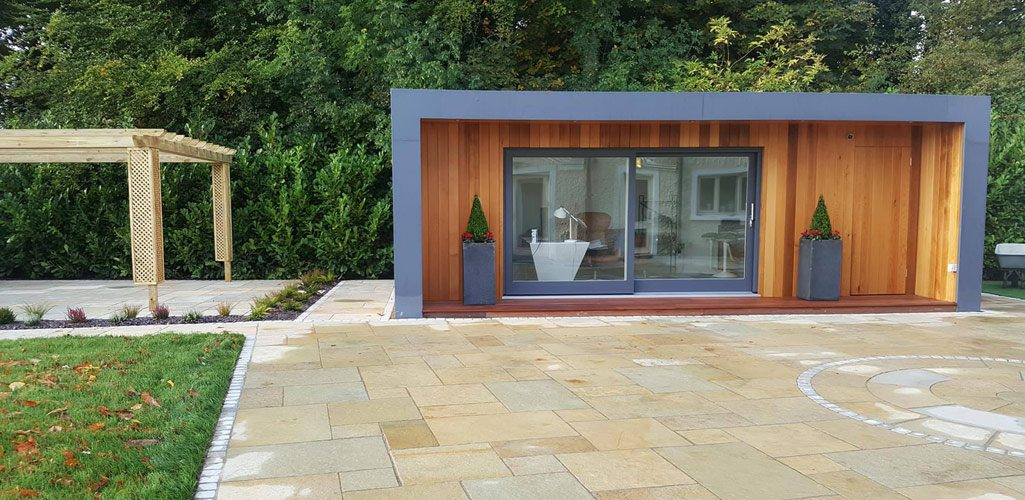 Ultimate   Garden Rooms Exterior ...